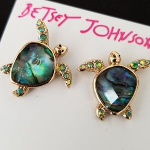 Authentic Betsey Johnsonturtle earrings